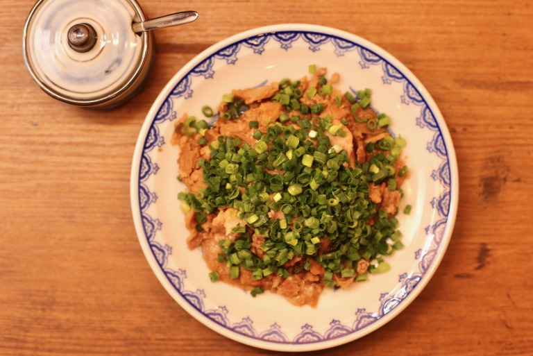 煮込み焼豚皿