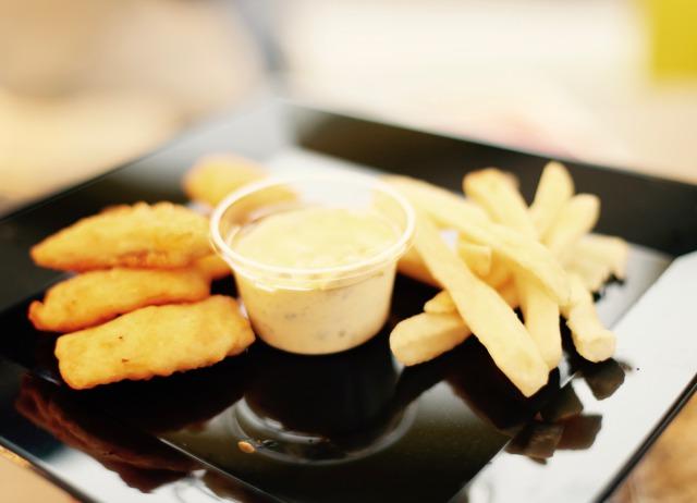 フィッシュ&チップス(こだわり卵のタルタル)